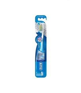 Cepillo Oral-B Cross Action Medio